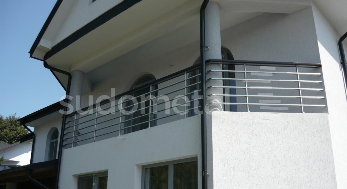 balustrada pentru balcon din inox cu lemn. Black Bedroom Furniture Sets. Home Design Ideas