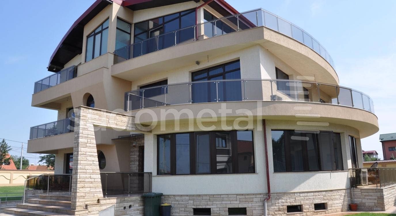 balustrada pentru balcon din inox cu sticla. Black Bedroom Furniture Sets. Home Design Ideas